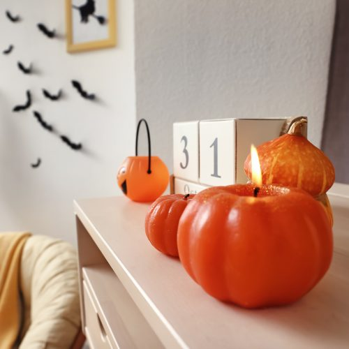 6 Must Have Halloween Home Decorations