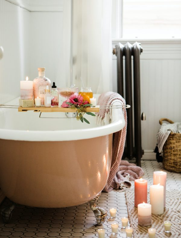 Simple Updates To Make Your Bathroom Cozy